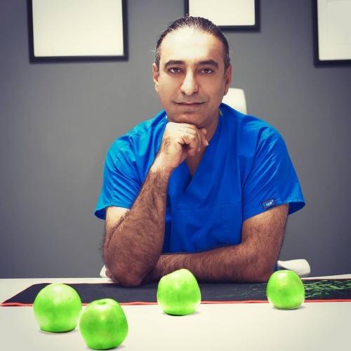 Доктор Ayhan Colak